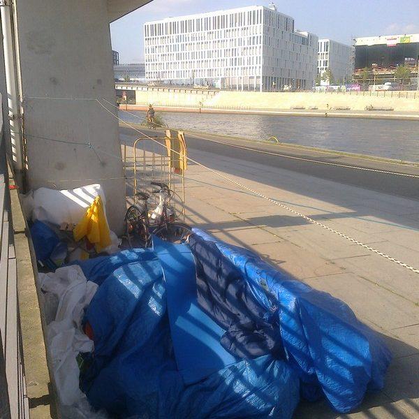 Im Regierungsviertel stören Obdachlose nicht. / Lucia Geis